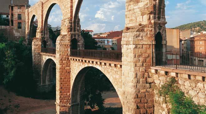 Puente en Teruel
